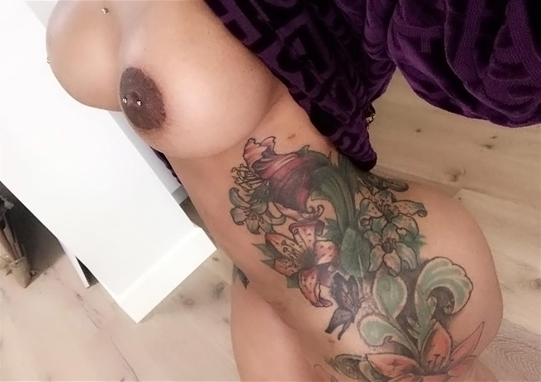 Blac Chyna Leaked Nudes - Backside and..