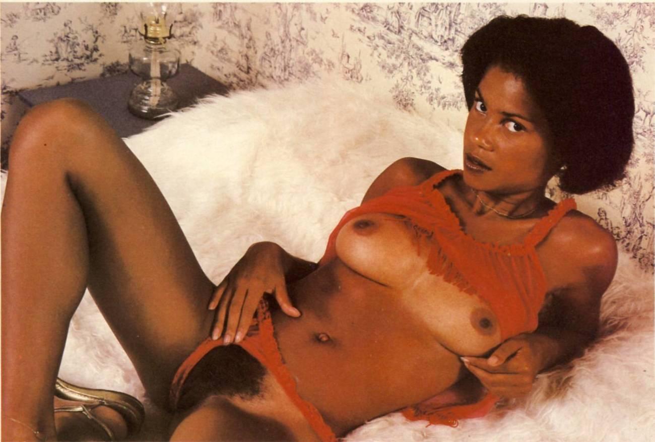 Free romp images of Black Antique..