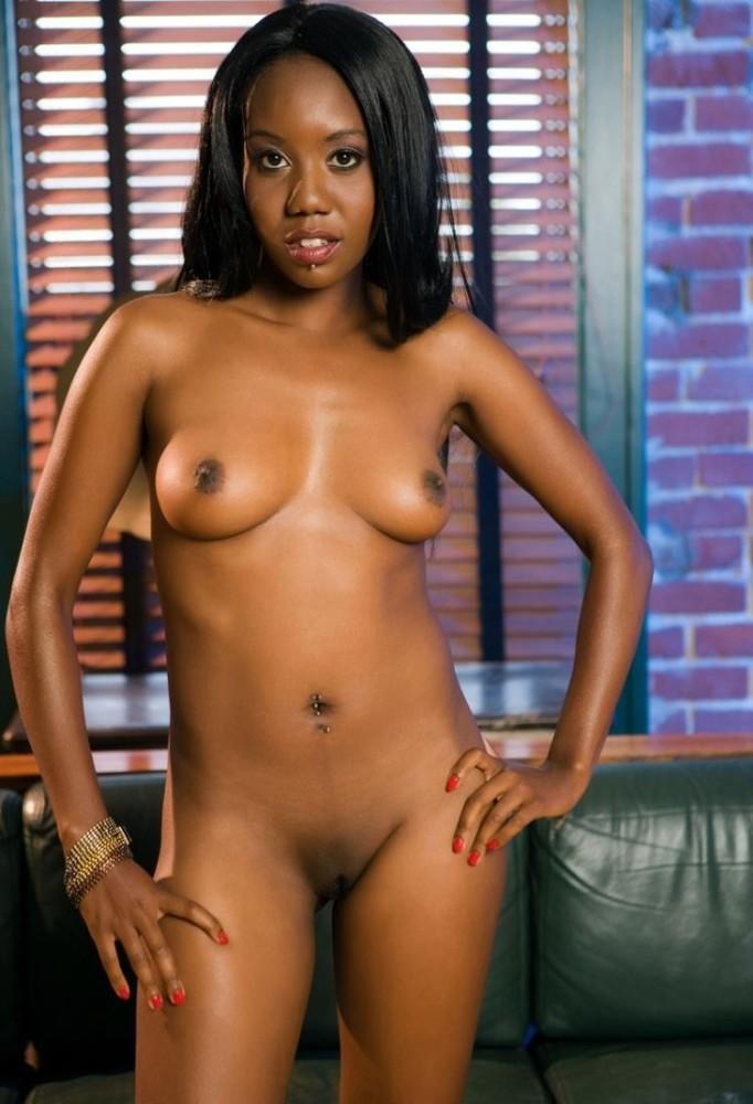 Mature Ebony Dame Menstruation Hump..