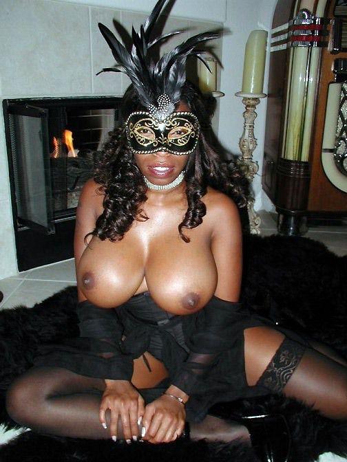Big-boobed dark-hued housewife in..