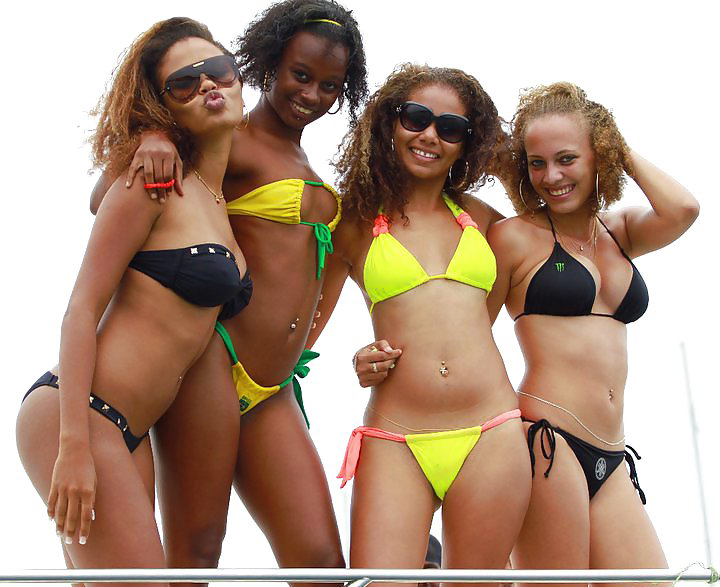 Gorgeous latinas and Africans on the..