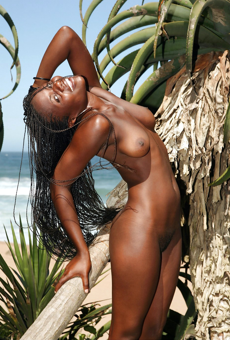Red-hot black stunner posing and..