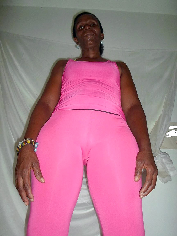 Black mature take off pinkish clothes..