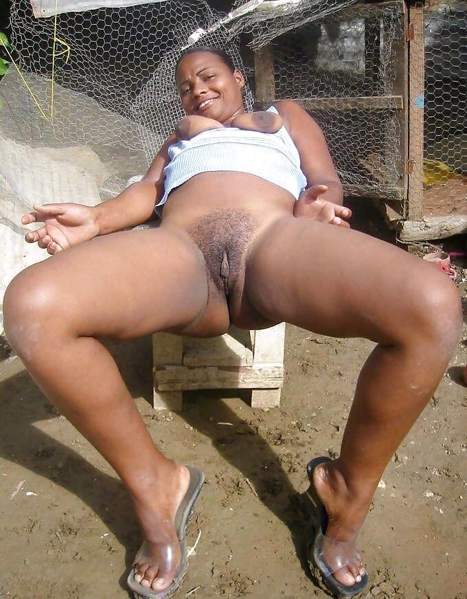 Naked black woman, she says you like..