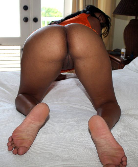 Another humungous boobed african wifey..