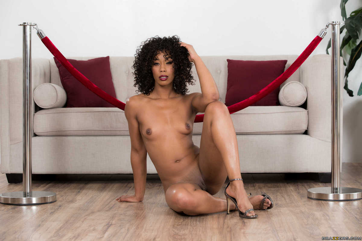 Highly nailable stunner Misty Stone..
