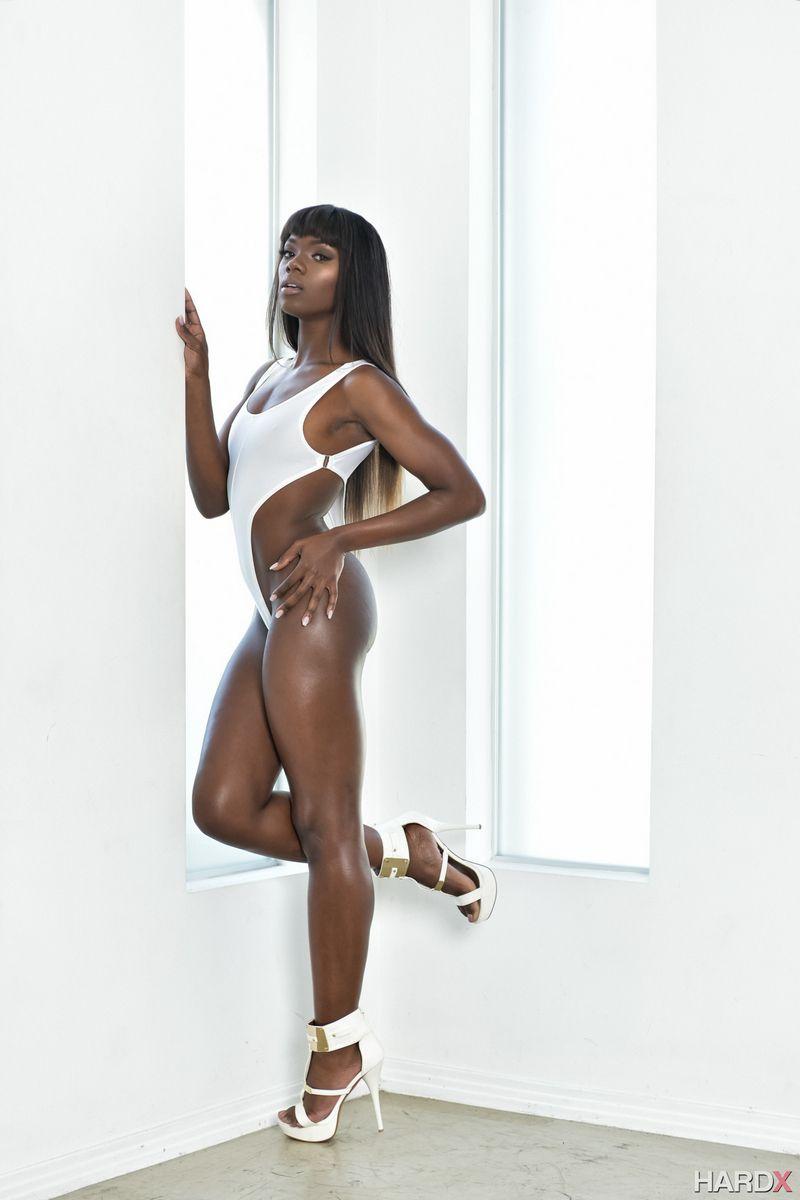 Tall dark-hued honey Ana Foxxx posing..