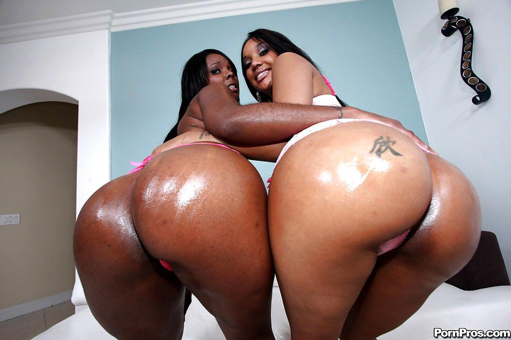 Chubby ebony MILFs showing off their..